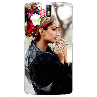 1 Crazy Designer Bollywood Superstar Sonam Kapoor Back Cover Case For OnePlus One C410984