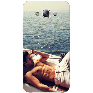 1 Crazy Designer Bollywood Superstar Varun Dhawan Back Cover Case For Samsung Galaxy E7 C420931