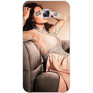 1 Crazy Designer Bollywood Superstar Nargis Fakhri Back Cover Case For Samsung Galaxy E5 C441010