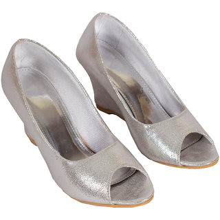 Rialto Silver Wedge Sandal For Women WG013