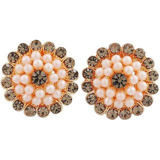 Maayra Smashing White Silver Pearl Casualwear Clip On Earrings