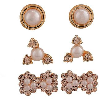 Maayra Fantastic White Gold Pearl Casualwear Stud Earrings
