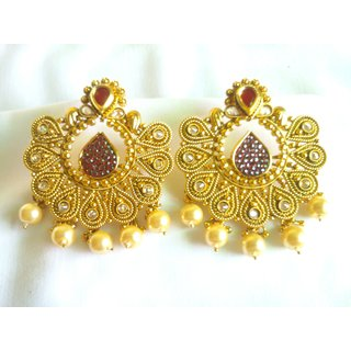Trends Traditional Earring