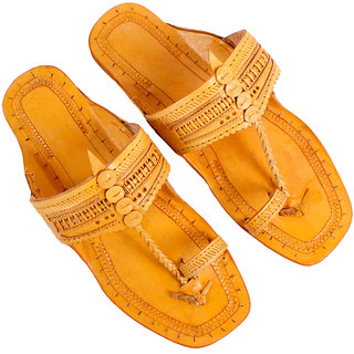 Sushito Men's Tan Kohlapuri Sandals