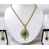 Green tilak chain pendant necklace set