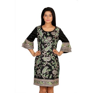 Pleasing Black colored kurti with hand embroidery