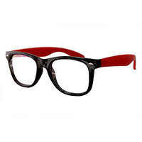 Derry Sunglasses In Wayfarer Style In Black And Red In Transparent Style DERY029