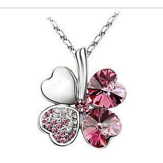 Hot Sale Fashionable Platinum Plated Crystal Pendant Clovers Necklace For Women
