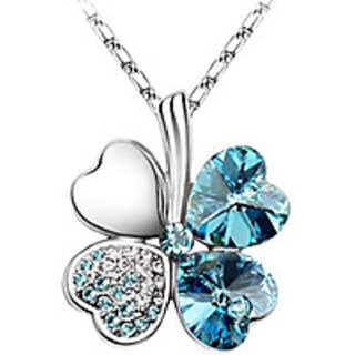 Hot Sale Fashionable Platinum Plated Crystal Pendant Necklace For Women