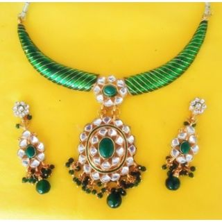 DESIGNER NECKLACE SET IN KUNDAN , EMERALDS And MEENAKARI