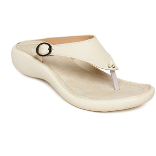 Vendoz Women Cream Sandals