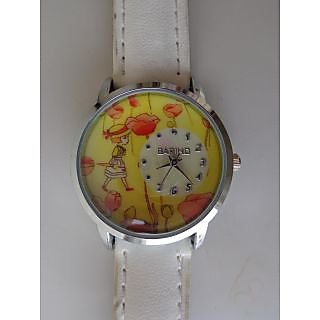 Trendy White/Yellow Analog Watch