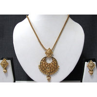 Round Pendant Golden Ball Drop Chain Necklace Set