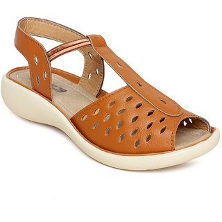 Vendoz Women Tan Sandals