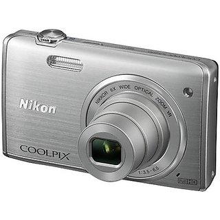 Nikon Coolpix S5200 Point & Shoot Silver