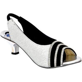 Flat 80% Off On Womens Footwear