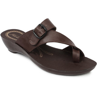 Action-Florina Women's Brown Buckle Flats