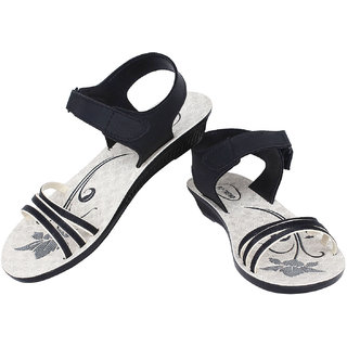 Bersache Black- 815 Women/Girls Sandals Floaters