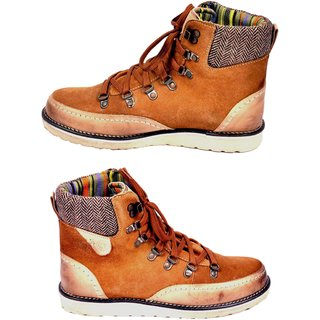 Versoba Men's Stylish Camel Boots - Option 1