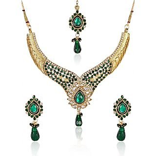 Shining Diva Divine Kundan Necklace Set With Maang Tika
