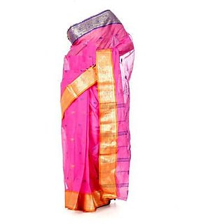 Traditional Handloom Pink coloured Bengal Tant saree