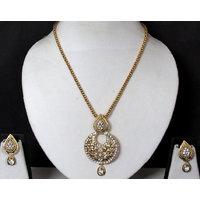 Nice Stone Chian Tilak Pendant Necklace Set