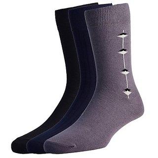 3 pair men long socks Assorted