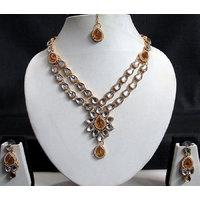 Brown Flower Pendant Kundan Necklace Set