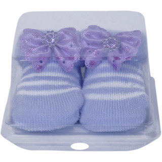 Jyonee Lifestyle purple color flower booties for kids
