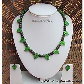 Exclusive Indian Handicraft Terracotta Necklace Set for Women(Green)
