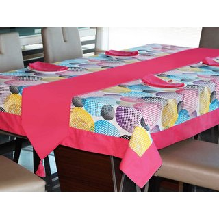 Lushomes Circles Printed 6 Seater Small Table Linen Set