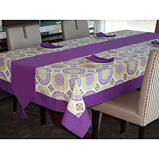 Lushomes Bold Printed 6 Seater Small Table Linen Set