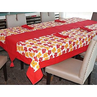 Lushomes Basic Printed 6 Seater SmallTable Linen Set