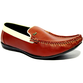 Roxxii Classic Red Men Casual Shoes