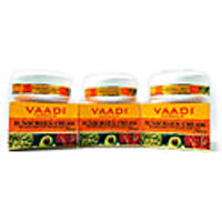Vaadi Herbals Sunscreen Cream with Extract of Kiwi  Avocado - Pack of 3 - SPF 20