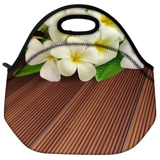 Snoogg Butterfly On Flowers Travel Outdoor Tote Lunch Bag