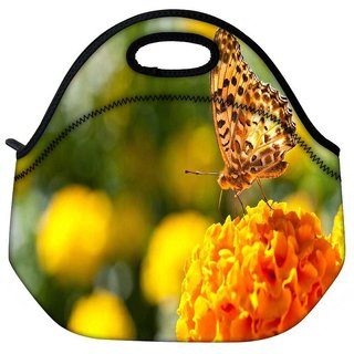 Snoogg Butterfly In Yellow Flower Travel Outdoor Tote Lunch Bag