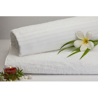 Splendour Medium Snow White Towel 1