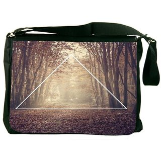 Snoogg Forest View Digitally Printed Laptop Messenger  Bag
