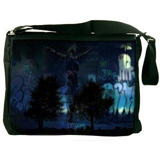 Snoogg Fantasy Digitally Printed Laptop Messenger  Bag