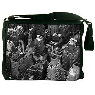 Snoogg Black And White City Digitally Printed Laptop Messenger  Bag
