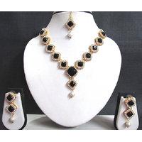 Black Square Stone Necklace Set