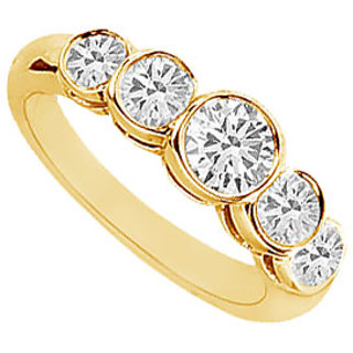 Sublime Diamond Ring In 14K Yellow Gold