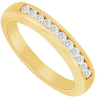 Graceful Diamond Wedding Band In 14K Yellow Gold