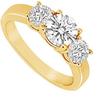 Stunning Three Stone Diamond Ring In 14K Yellow Gold