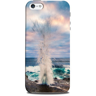 Mikzy Water Fountain At Beach Side Printed Designer Back Cover Case for Iphone 5/5S