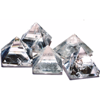 Clear Quartz Pyramid Set Of 5 For Point Healing, Crystal Healing  Feng Shui