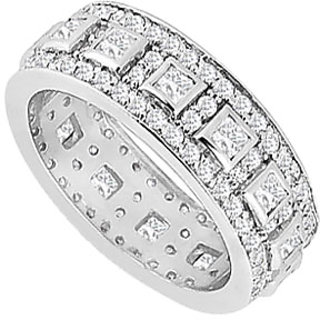 Enticing Diamond Wedding Band With 14K White Gold Design 1