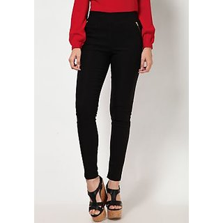 Black Cotton Lycra Solid Jegging For Women