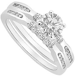 Lovely Diamond Engagement Ring With Wedding Band Set With 14K White Gold
